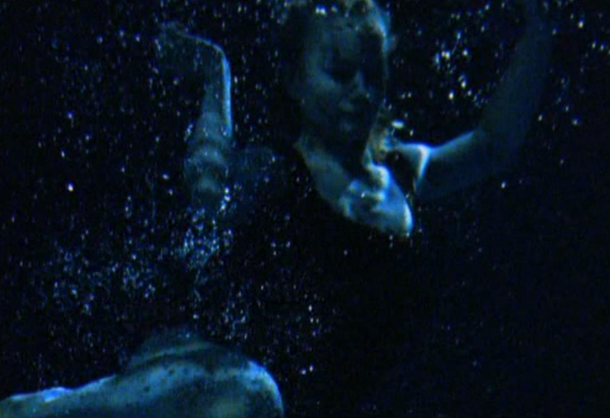 The Shape of Water - Narelle Benjamin - POOL 07